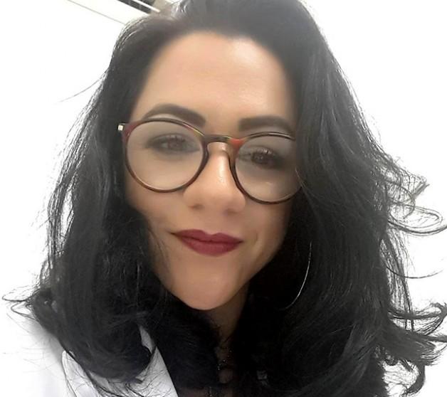 Dr. Saliha